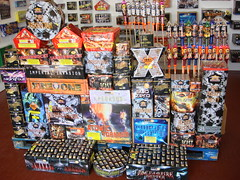 Featuring the amazing Open Fire (EpicFireworks) Tags: light colour fireworks guyfawkes firework burst pyro sparks 13g epic pyrotechnics ignition