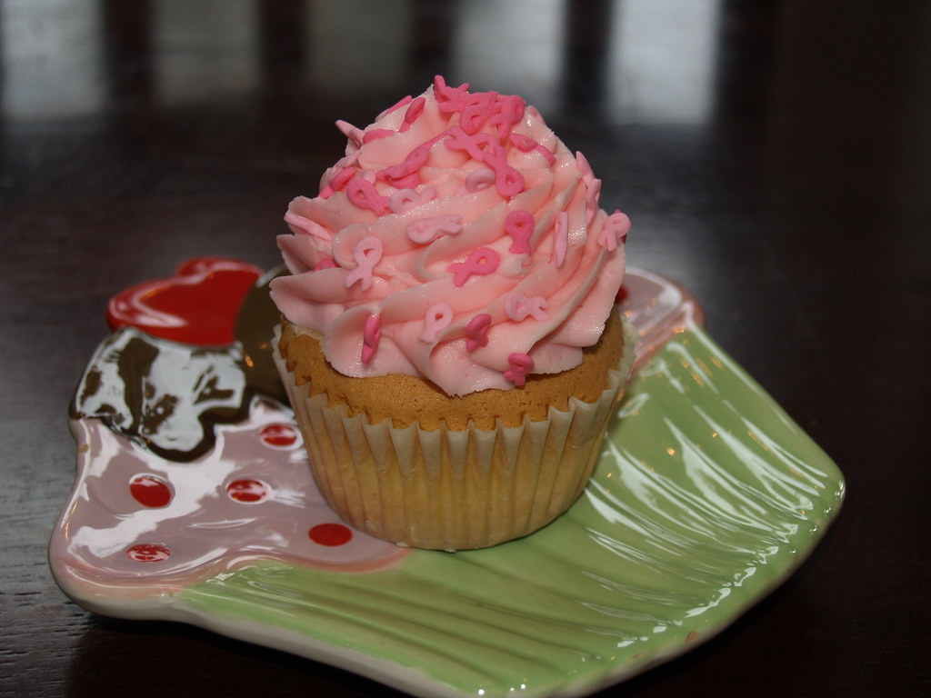Main Street Cupcakes' raspberry aware cupcake