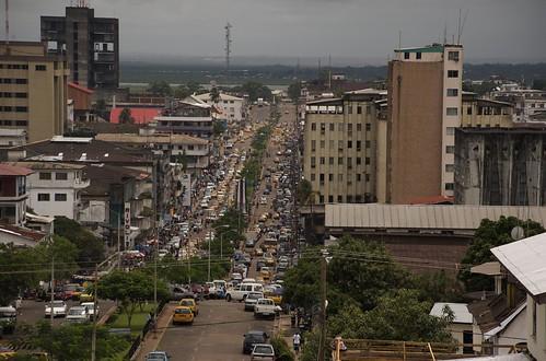 Vista de la calle Broad en Monrovia