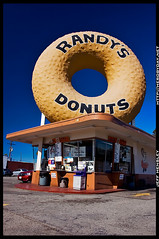 Day 18/365 - Randy's Donuts (herobyday) Tags: california nikon d70 sigma landmark donuts 365 polarizer randys inglewood