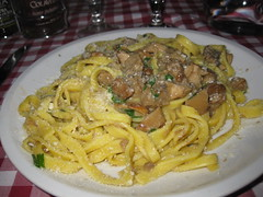 Wild Mushroom pasta at Da Sergio in Rome (Jeffrey_Allen) Tags: italy food rome jeff sergio mushrooms italian pasta da pecorino diella