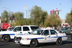 IMG_5574Barack Obama Rally at Bonanza High School, Las Vegas (nabila4art) Tags: people lasvegas crowd huge barackobamarally bonanzahighschool