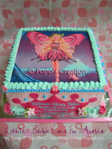 From Edible : Barbie cake for Agatha