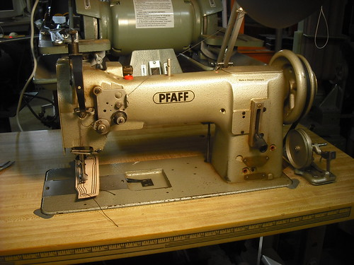 Pfaff 40 Industrial Sewing Machine Overview And Video Leather Amazing Pfaff Walking Foot Sewing Machine