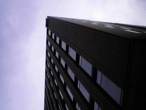 【画像】Black Building