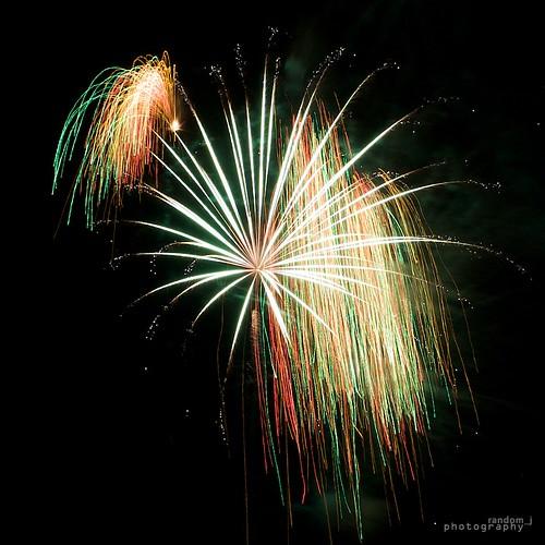 2009 New Year Countdown Fireworks Display by random_j.