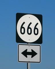 VA-666 (Bullneck) Tags: summer virginia signage what americana culpeperva atlanticsector