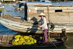 20100409_012455.jpg (wabs) Tags: river boat vietnam mekong jackfruit chaudoc 20100409012455jpg