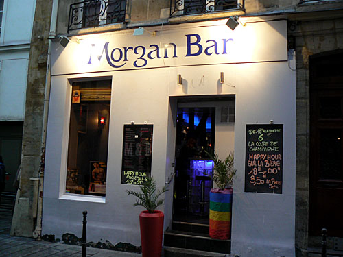 morgan bar.jpg