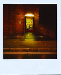 I LOVE POLAROID (Lady Vervaine) Tags: sf road street city uk longexposure light england urban london film publicspace night dark polaroid sx70 glow shine phone darkness britain pavement phonebooth telephone alien doctorwho 600 glowing sciencefiction drwho shining telephonebox phonebox publicphone polaroidsx70 blendfilter lblcomp031
