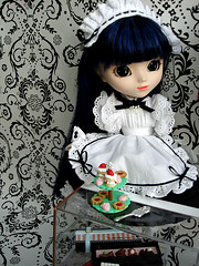 Another day at the maid cafe (Nina-chan) Tags: doll display lan pullip rement dollhouse stica