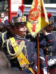 Desfile de las Fuerzas Armadas (Oscar in the middle) Tags: army spanish espaol ejercito