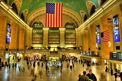 Grand Central (oOcekaOo [Catchin' up]) Tags: new york city newyorkcity people urban usa newyork canon manhattan central sigma grand grandcentral hdr 18200mmf3563dc 400d photoartbloggroup