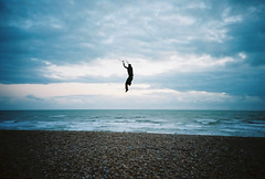 extreme kite flying (lomokev) Tags: sea portrait sky kite beach sport clouds flying crazy dangerous lomo lca lomography brighton kodak stones extreme kodakportra400vc lomolca extremesports marek kiteflying portra lomograph extremesport mental risky kodakportra400 kodakportra deletetag file:name=081003lomolca13 roll:name=081003lomolca
