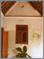 Rumah Lama (Arif Setiawan) Tags: old house wall lama kuno rumah