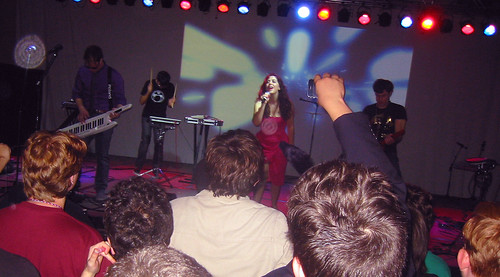 20081010 - Freezepop @ AnimeUSA - 169-6986 - playing encore - please click through to leave a comment on FlickR