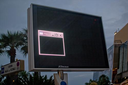 iphone 3gs black screen of death. mac lack screen of death.