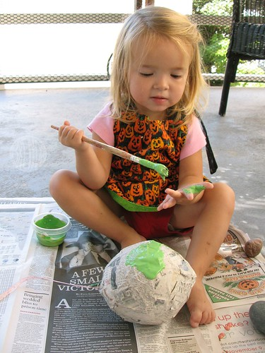 painting... her hand