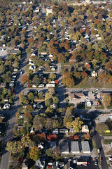 Mexico Missouri: Aerial View 10.30.2008 (Notley) Tags: morning houses streets fall plane buildings mexico town october view air aerialview aerial missouri 2008 area planeride luftbilder  mexicomissouri 10thavenue  audraincounty notley antenn ruralphotography airshots notleyhawkins missouriphotography  httpwwwnotleyhawkinscom notleyhawkinsphotography