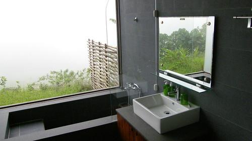 07.浴室的裝潢很簡潔