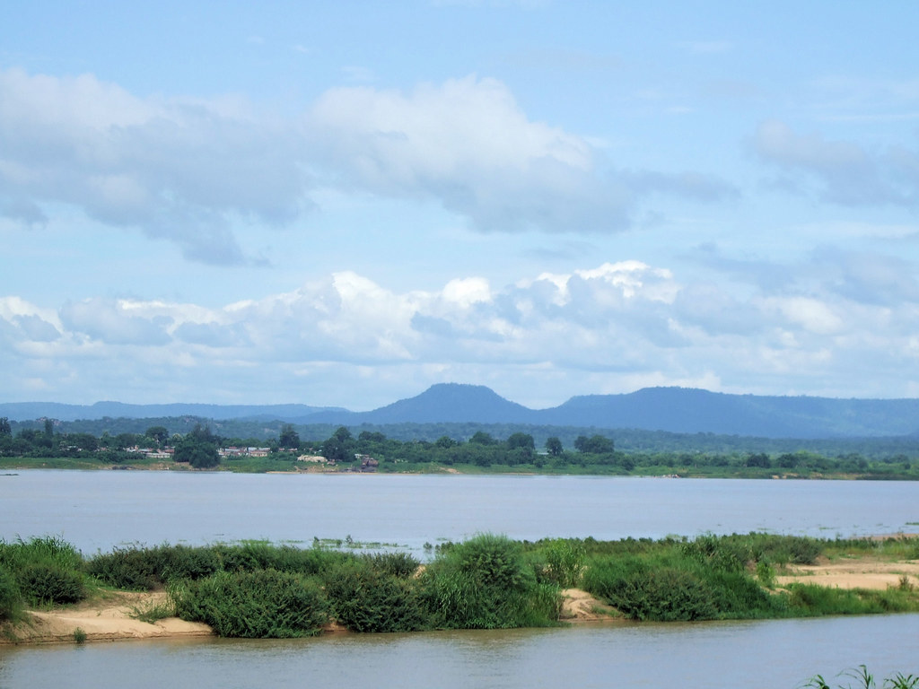 river niger and benue meet at