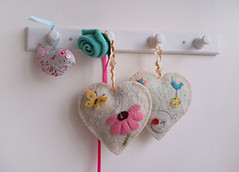 Teachers-gift-hearts (ninimakes) Tags: embroidery applique sachets feltedwool