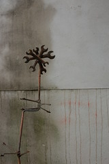 iron flower (holly.wouldnt) Tags: sculpture wrench hollywouldnt