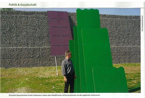 Lärmschutzwand mit Photovoltaik und Sichtschutzbepflanzungs Test