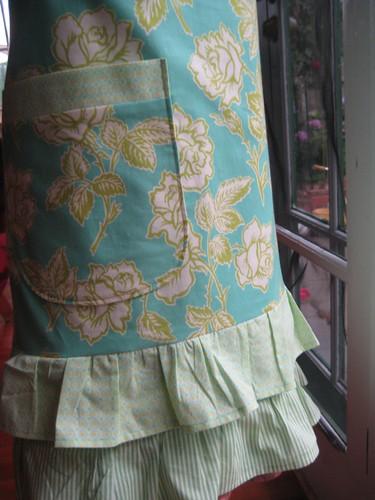 Flirty Florence apron