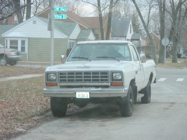 plymouth 1993 dodge mopar ram powerwagon trailduster ramcharger w150 powerram