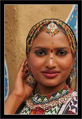 09021467_600x868 (suchitnanda) Tags: india shopping handicraft dance artist village delhi north craft fair dancer mp performer suraj 2009 jaipur mela southasia surajkund haryana kund madhyapradesh radhasapera rajkipurannathsapera chaupal
