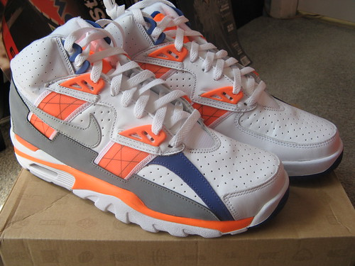 outlet store ec118 60e80 This it the Original BO JACKSON Air Trainer SC High in the Original colorway  from 1989. This is the first retro of this shoe in this color.