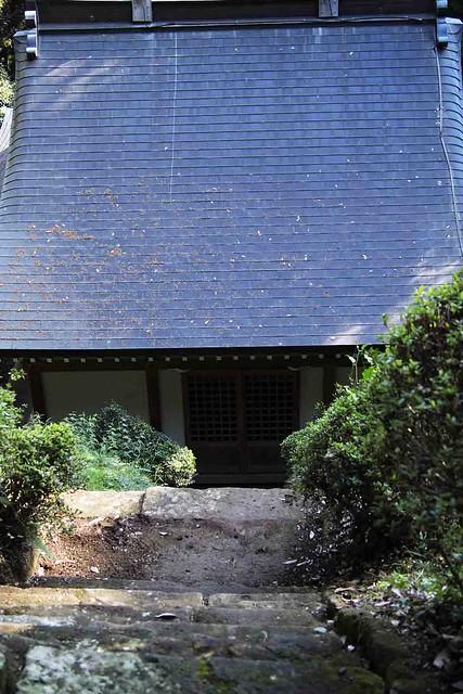 101128_102742_鎌倉_朝比奈切通_熊野神社