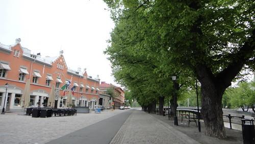 Street in the morning 02, Turku (20110602)