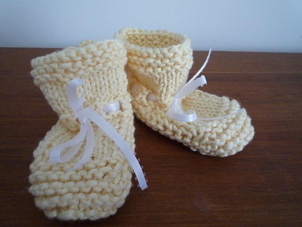 booties - yellow