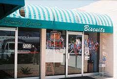 biscuits (ChazWags) Tags: road trip arizona food reflection window tucson diner devon biscuits miles eats grub 6500 thegreatroadtripjune08