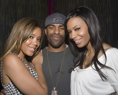 angela-simmons-smeaker-party-dj-clue