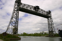2006mjus_Welland_1383 (emzepe) Tags: old bridge ontario canada vertical booth canal lift steel mobil 2006 welland hd tavasz vge kirnduls movable kanada on truss mjus csatorna acl mozg flke emel nyithat aclszerkezetes