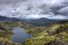Wales, Snowdonia: view from Watkin Path ridge (Tim Blessed) Tags: uk mountains nature wales landscapes countryside scenery lakes snowdonia northwales fineartphotos mywinners singlerawtonemapped