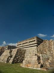 PLAZUELA MEXICO (Fotografo mauro sanchez) Tags: mexico turismo zona piedras plazuela turist arqueologica stons penjamo iramides