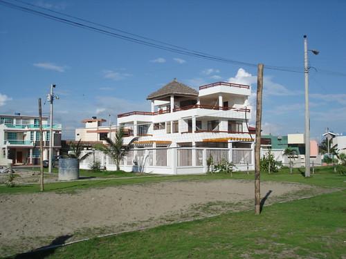 Ecuador-Beach-houses