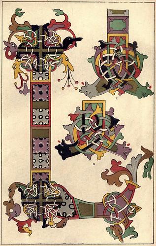 05- Siglo X- Letras un tanto excéntricas en forma y color pertenecen al Evangelaire de Mont Majour de la Biblioteca Imperial de París