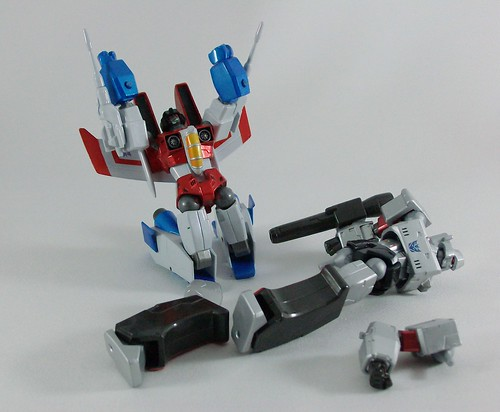 Transformers Starscream Revoltech vs. Megatron