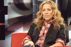 2008-03-20 Sheryl Crow (thehour) Tags: red music toronto canada black celebrity television musicians stars tv video canadian entertainment cbc singer celebrities thehour sherylcrow interview grammy onset talkshow strombo georgestromboulopoulos