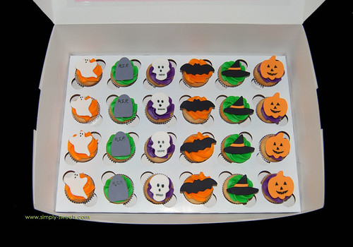 Halloween mini cupcakes