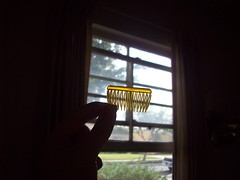 (heavy puff) Tags: hair bedroom tiny glowing comb