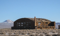 Tonopah Airfield (0612) (DB's travels) Tags: winter abandoned nevada hangar tonopah airfield december08 konomark tempswnv