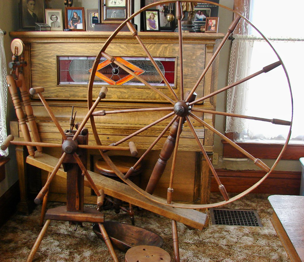 Spinning Wheel & Yarn Winder