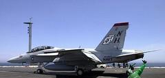 Boeing : F/A-18F : Super Hornet (San Diego Air & Space Museum Archives) Tags: aviation hornet launch carrier flightdeck aeronautics nimitz superhornet fa18f cvn68 sdasm