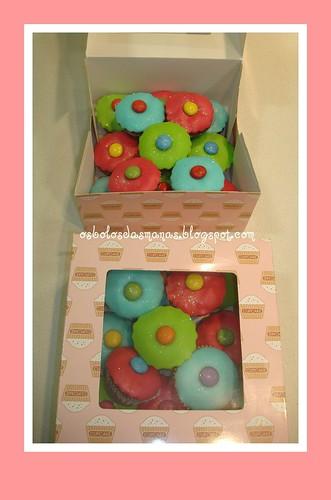 Cupcakes Dia da Criança 2011 by Osbolosdasmanas